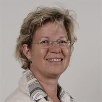 Dr. Monique de Nijs